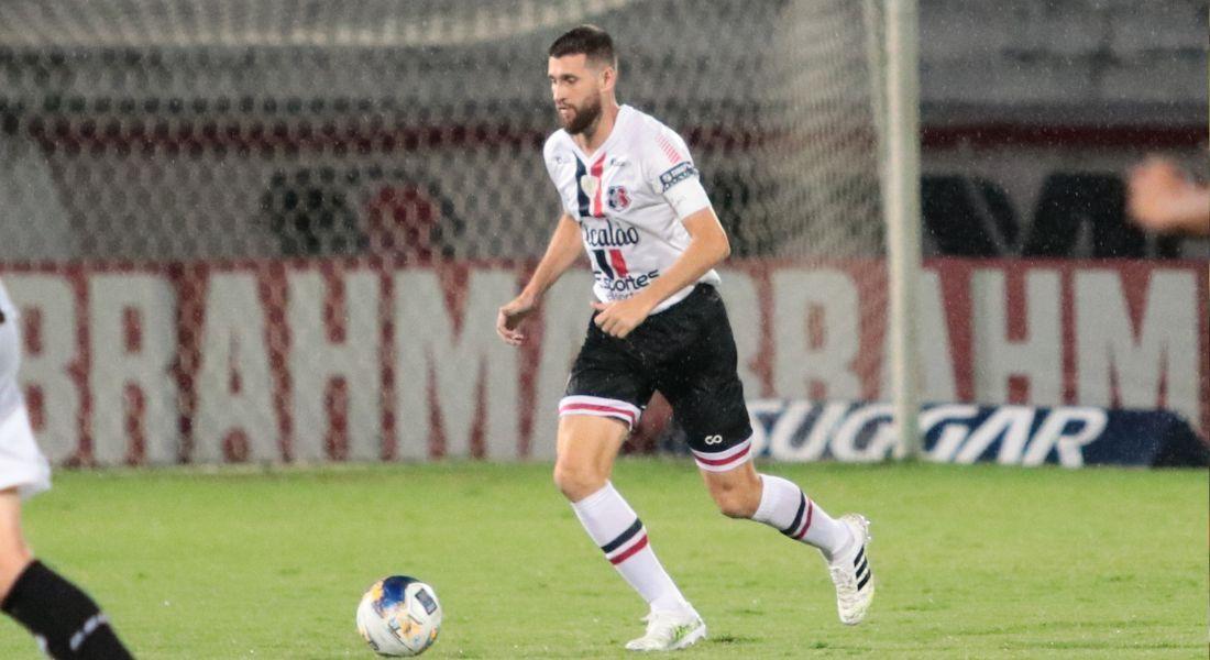 Danny jogou a última partida da sua carreira contra o Botafogo-PB