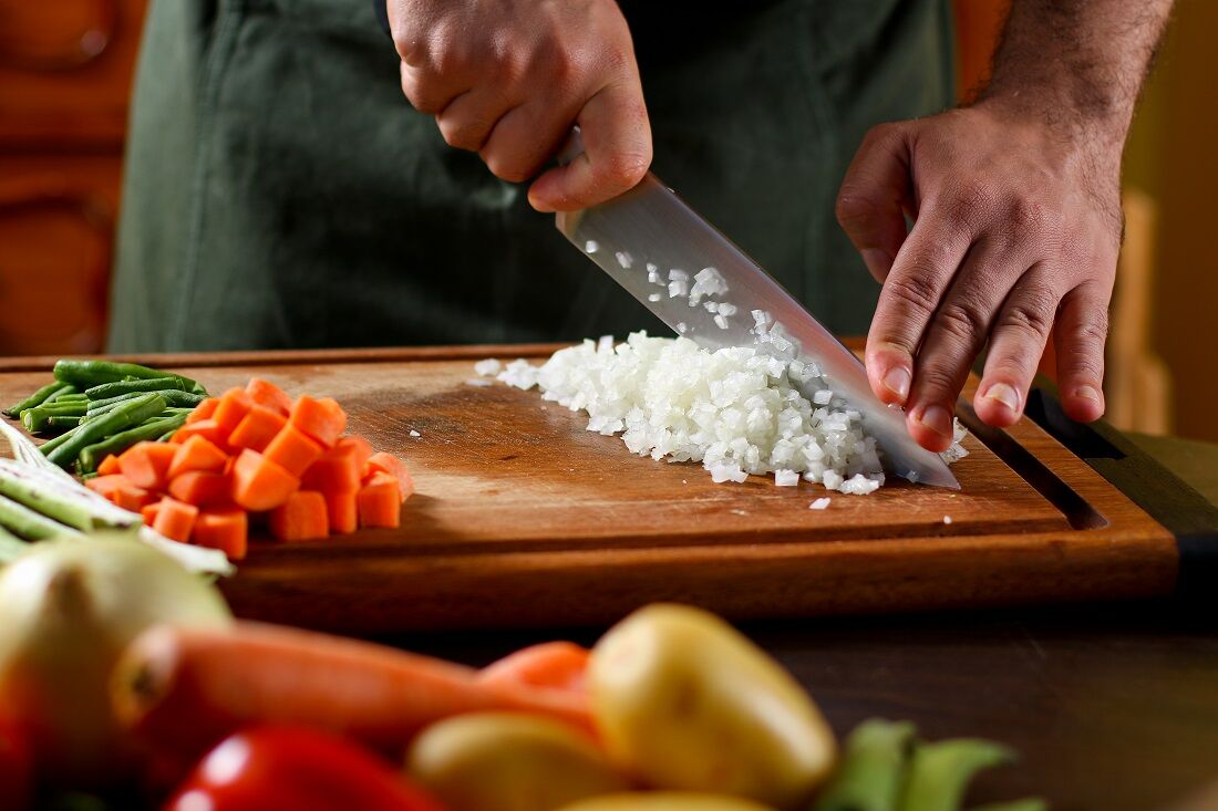 Chef Bruno Lins sugere preparos econômicos para o dia a dia