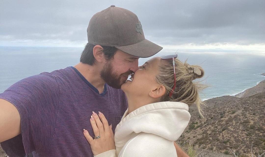 Kate Hudson e seu noivo, Danny Fujikawa