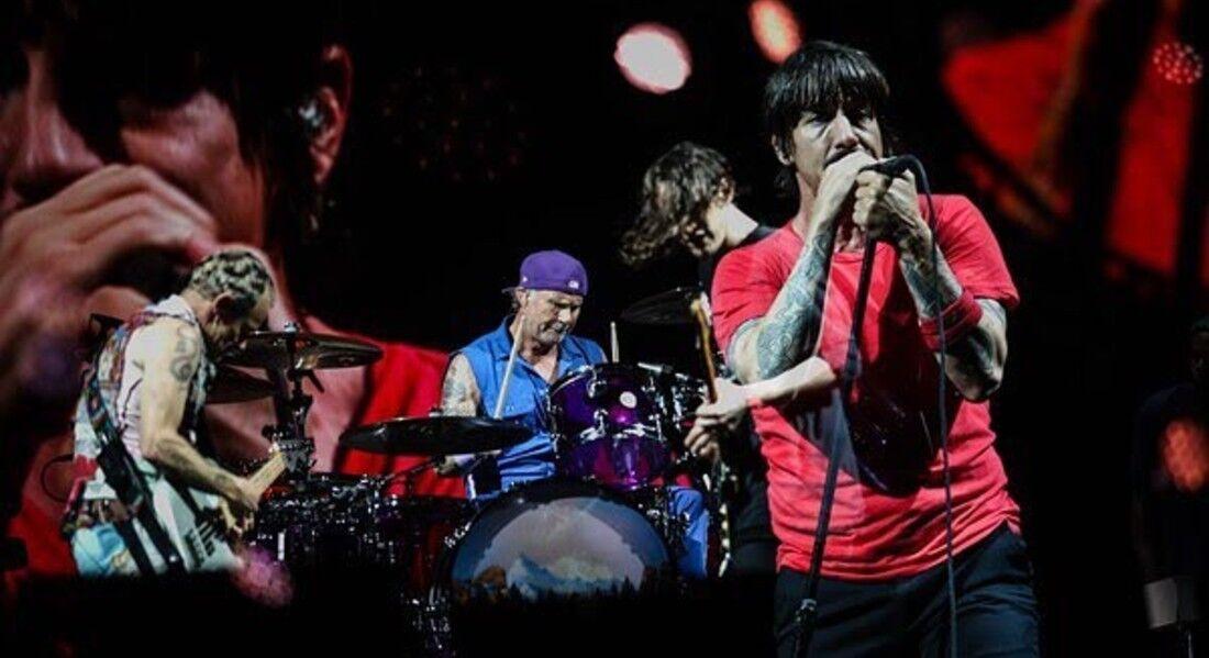 Red Hot Chili Peppers em apresentação no Lollapalooza, em 2018