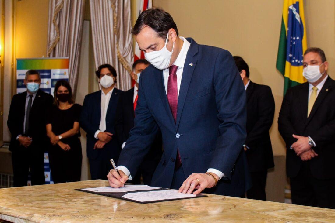 Emprego PE recebeu um investimento de R$ 66 milhões