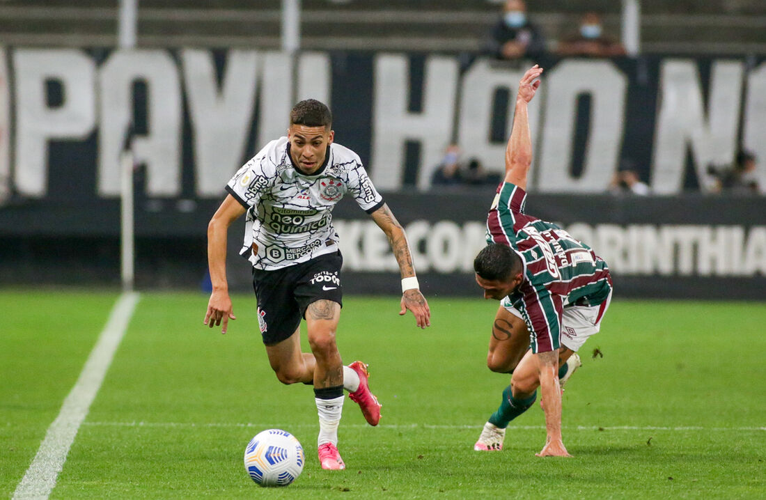Após perder para o Sport na última rodada, Corinthians vence Fluminense por 1x0