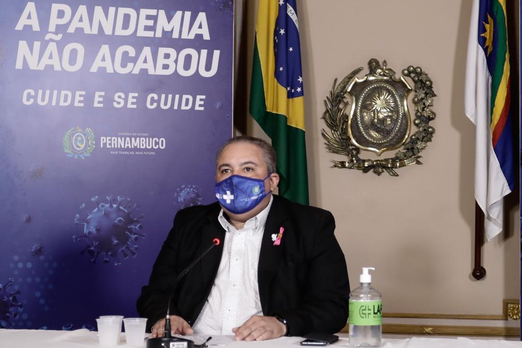 Secretário da Saúde, André Longo, reforça a questão da vacinação