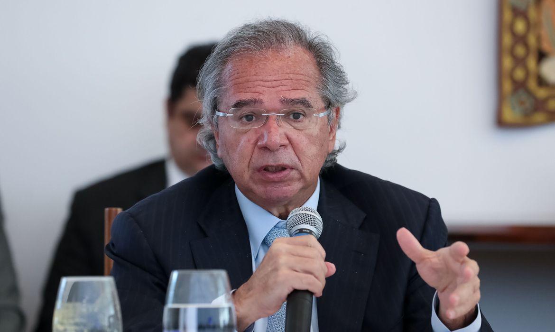 Guedes confirma prorrogação do auxílio emergencial por dois meses ...