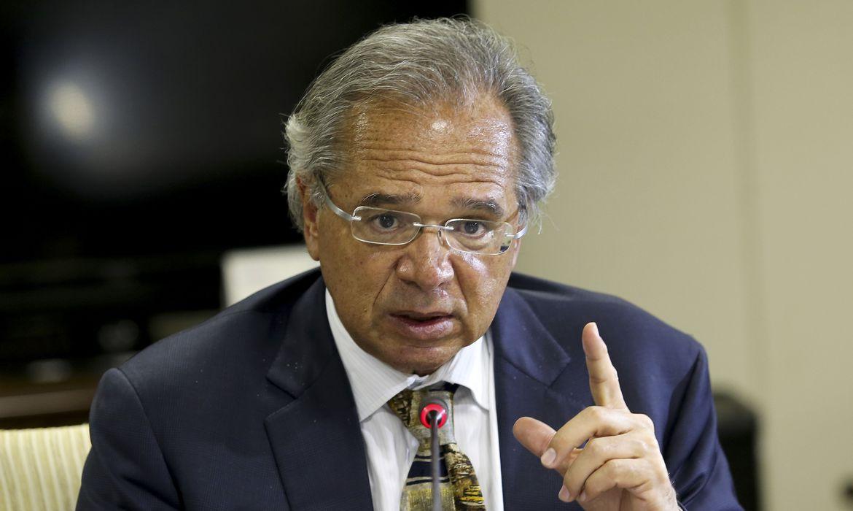 Guedes anuncia debandada e saída de dois secretários especiais da ...