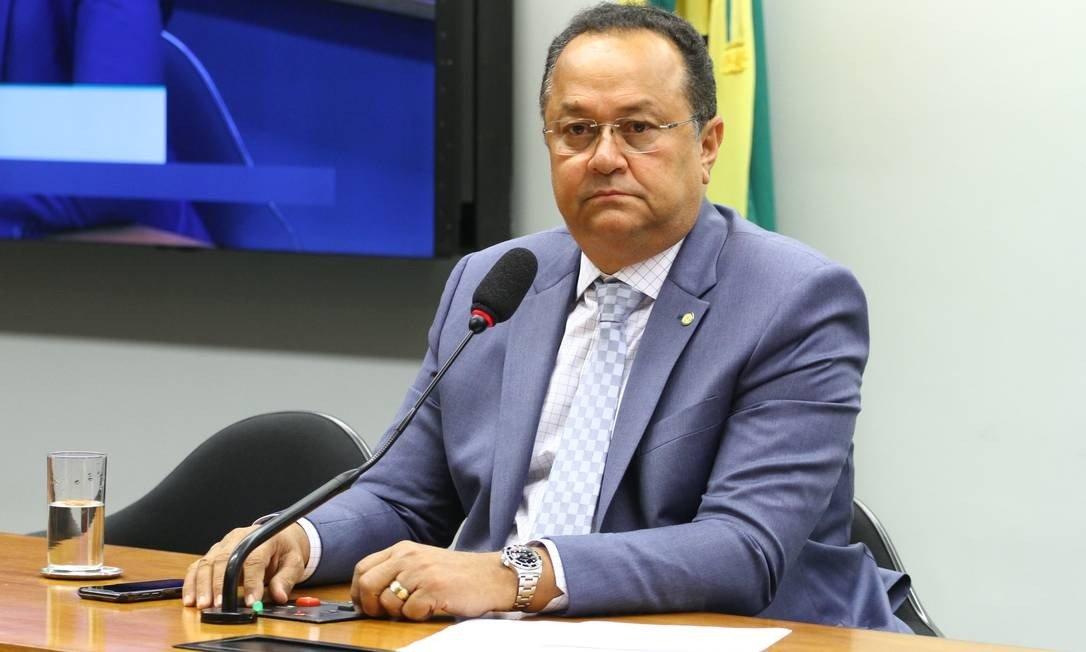 Se Deus quiser, vamos derrubar', diz líder da bancada evangélica sobre veto  de Bolsonaro - Folha PE