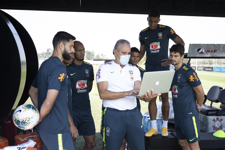 Rival no jogo 50 de Tite, Peru é o fio condutor do técnico na seleção -  Folha PE
