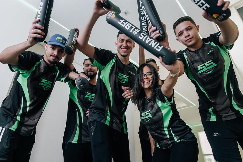 SS E-Sports busca título brasileiro no Free Fire
