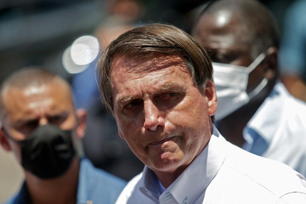 Justiça condena Bolsonaro a indenizar jornalista do UOL - Folha PE