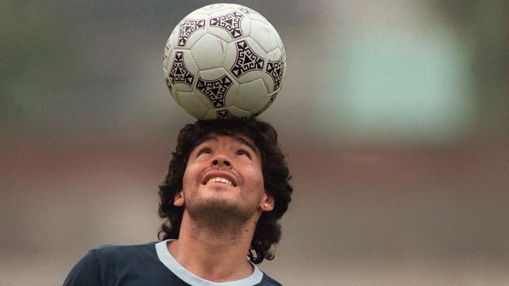 Maradona integra galeria dos maiores do esporte mundial