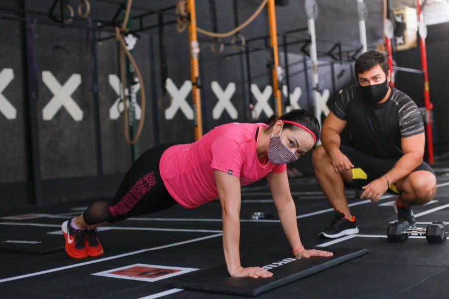 Ana Maria treina com o coach Thiago Apolinário