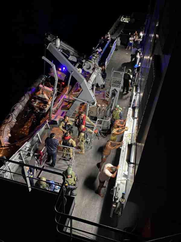 A operação identificou o transporte de uma grande quantidade de cocaína em um veleiro catamarã que teria partido do Brasil com destino a Europa