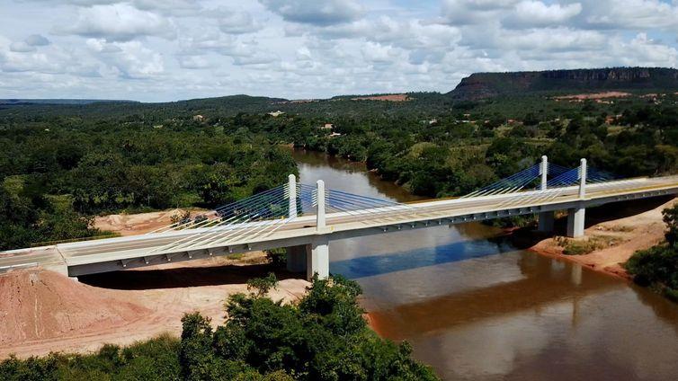 Ponte do rio Parnaíba vai beneficiar agronegócio e população do Maranhão e do Piauí