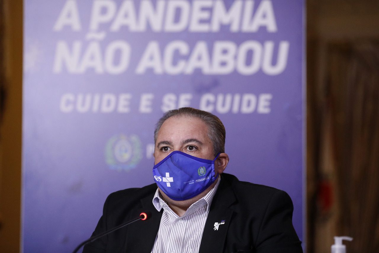 Secretário de Saúde de Pernambuco, André Longo