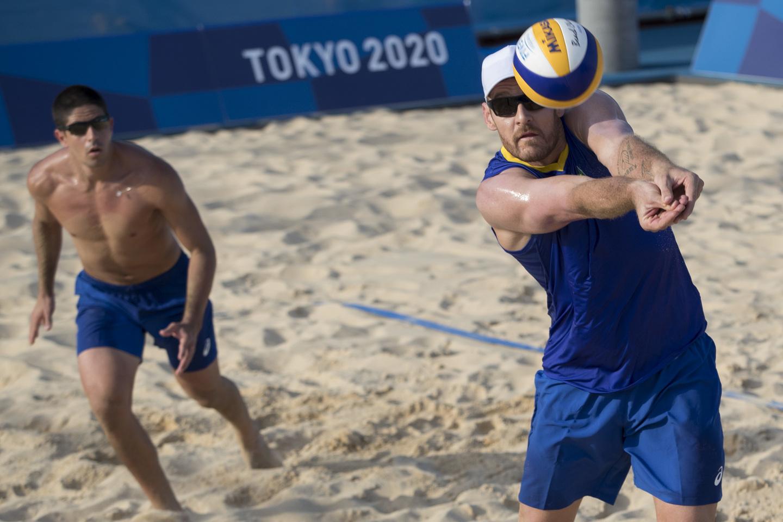 Alison, campeão olímpico no Rio, busca o bi ao lado de Álvaro Filho