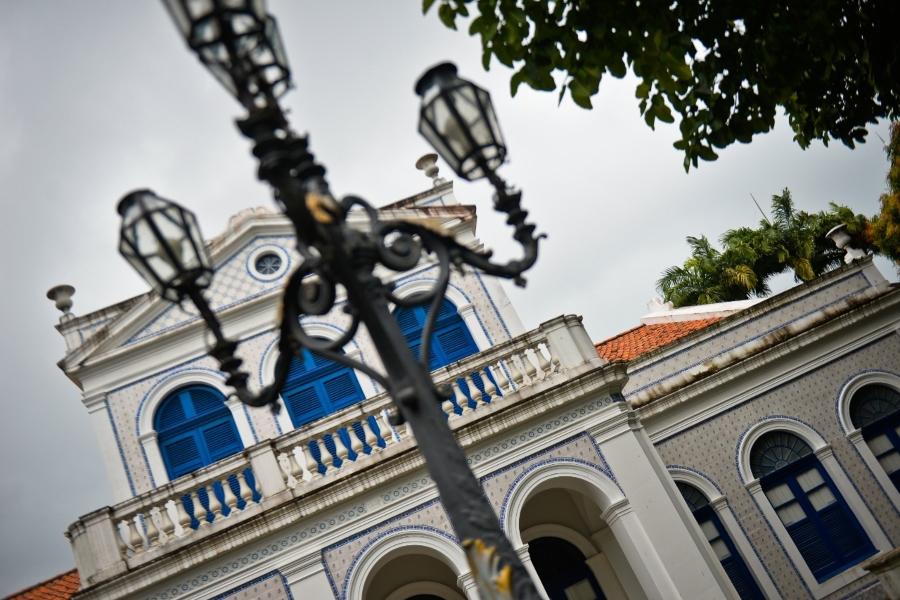 Sede da Academia Pernambucana de Letras é um palacete neoclássico do século 19