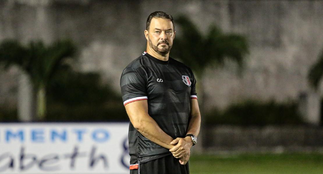 Roberto Fernandez, allenatore del Santa Cruz