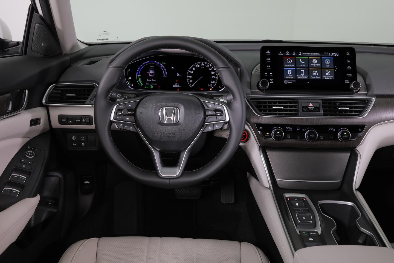 Honda Accord Híbrido (61)